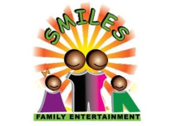 St Louis face painting Smiles Family Entertainment, LLC