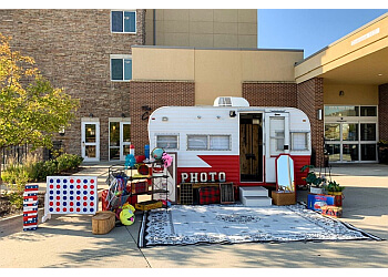 Des Moines photo booth company Smiling Dog Entertainment