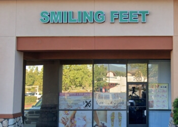 Fontana massage therapy Smiling Feet/Relexology Massage