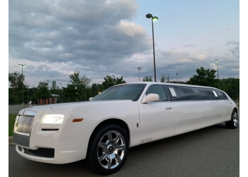 Raleigh limo service Smith Luxury Limousines, LLC