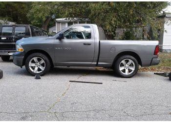 Newport News tree service Smith's Tree Care, Inc.