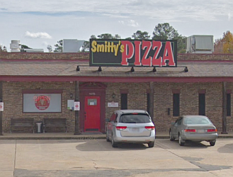 Shreveport pizza place Smitty's Pizza