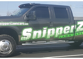 Indianapolis lawn care service SNIPPERZ LAWN CARE