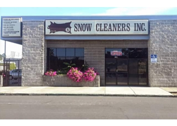 Stockton dry cleaner Snow Cleaners Inc