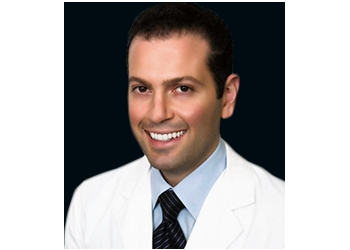 Santa Clarita dermatologist Soheil Simzar, MD
