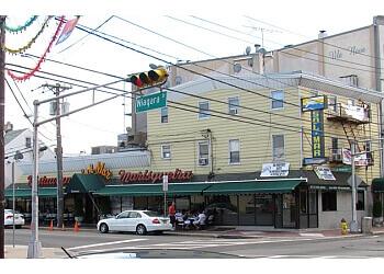 Newark seafood restaurant Sol-Mar Restaurant