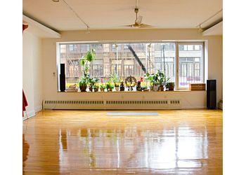 New York yoga studio Sonic Yoga