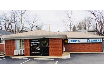 Lexington dry cleaner Sonny's Cleaners