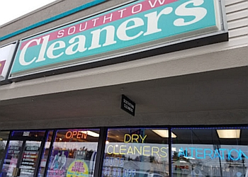 Grand Rapids dry cleaner Southtown Cleaners