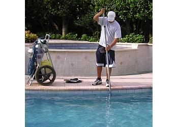 El Paso pool service SparKlean Pool Service