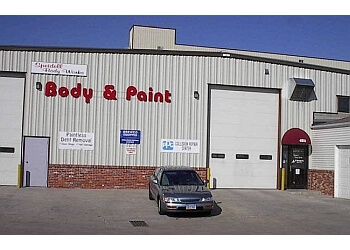3 best auto body shops in lincoln ne threebestrated. Black Bedroom Furniture Sets. Home Design Ideas