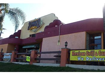 Santa Ana sports bar Spoons Grill & Bar