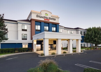 Bridgeport hotel SpringHill Suites by Marriott Milford