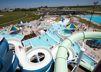 Kansas City amusement park Springs Aquatic Center