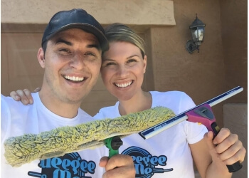 North Las Vegas window cleaner Squeegee and Me