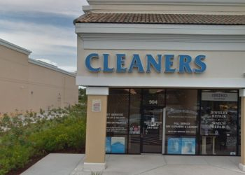Port St Lucie dry cleaner St Lucie Cleaners