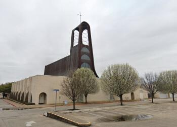 Dallas church  St. Pius X  Catholic Church