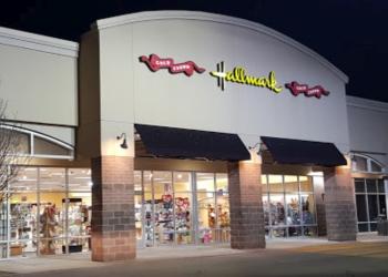 Aurora gift shop Stacy's Hallmark Shop