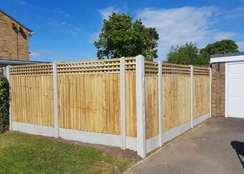 Dallas fencing contractor Star Gates & Fences
