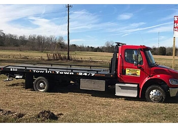 Montgomery towing company Star's Towing and recovery
