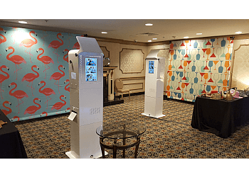 Pittsburgh photo booth company Starz Photo Booth