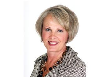 Grand Rapids insurance agent State Farm - Marsha Veenstra