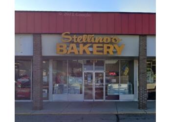 Warren cake Stellino Bakery