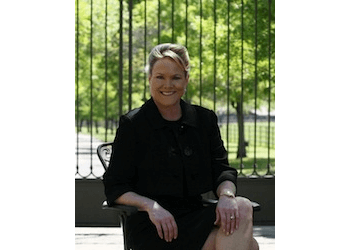Arlington divorce lawyer Stephanie A. Foster - Law Offices of Stephanie A. Foster, P.C.