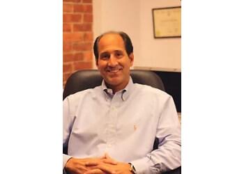 New Haven cosmetic dentist Stephen C. Malinconico, DMD