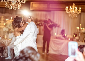 Jackson wedding photographer Sterling Photography