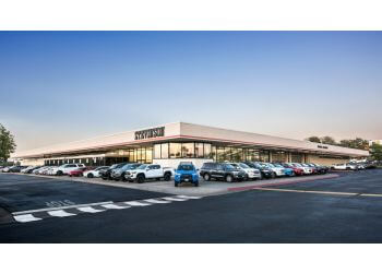 Aurora car dealership Stevinson Toyota East