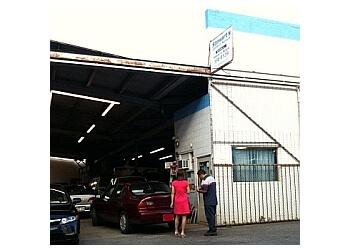 Honolulu car repair shop Stewart's Auto Service