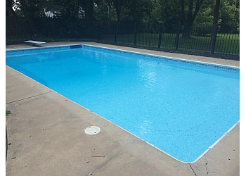 Kansas City pool service Stick Man Pools LLC.