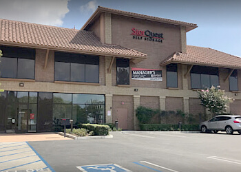 Thousand Oaks storage unit StorQuest Self Storage