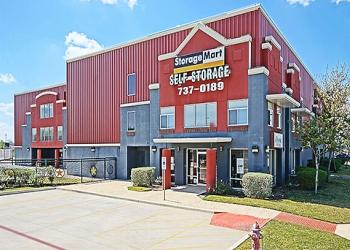 San Antonio storage unit StorageMart