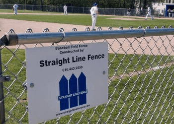Grand Rapids fencing contractor Straight Line Fence