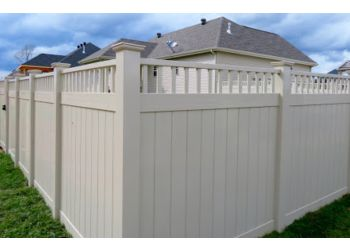 Clarksville fencing contractor Straight Line Fence, LLC.