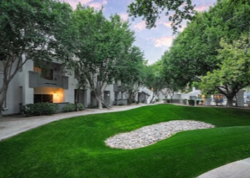 Glendale apartments for rent Strayhorse Apartments