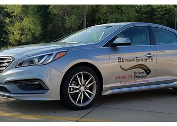 Des Moines driving school Street Smarts Driver Education