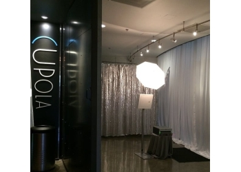 Honolulu photo booth company Studio X Photo Booth