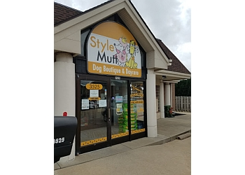 Cleveland pet grooming Style Mutt-Dog boutique & daycare