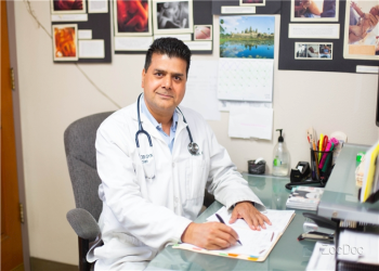 Moreno Valley gynecologist Sudhakar Dixit, MD, FACOG