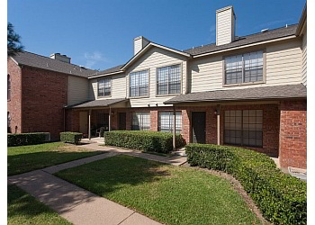 Plano apartments for rent Summers Crossing