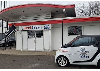 New Haven dry cleaner Summit Drive-In Cleaners Inc