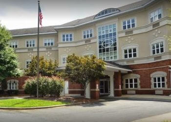 Charlotte assisted living facility Summit Place of Southpark