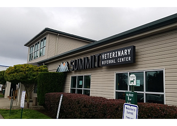 Tacoma veterinary clinic Summit Veterinary Referral Center