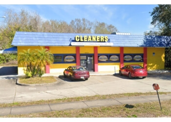 Tampa dry cleaner Sun Country Cleaners