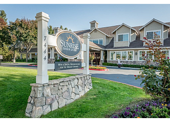 Fresno assisted living facility Sunrise of Fresno