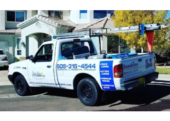 Albuquerque window cleaner Sunshine Window Cleaning