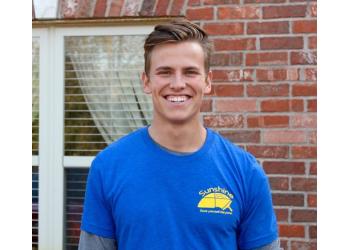 Tulsa window cleaner Sunshine Window Cleaning Co.